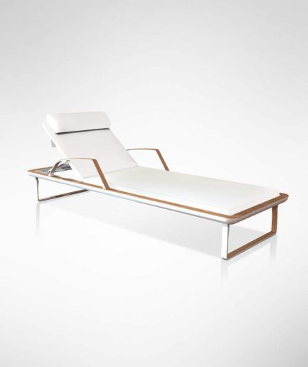 Deck Lounger 1